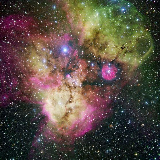 NGC 2467 completa.jpg